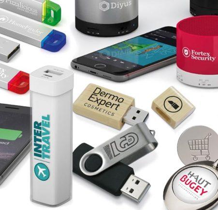 Clé USB, porte-cléf, chargeur... Enseignes 01 s'occupe de tous vos objets publicitaires